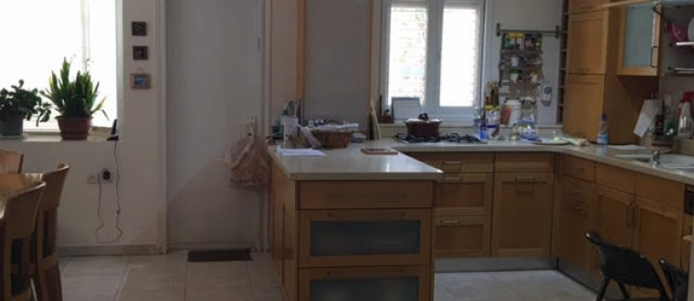 Cottage 8 rooms in north Ra'anana